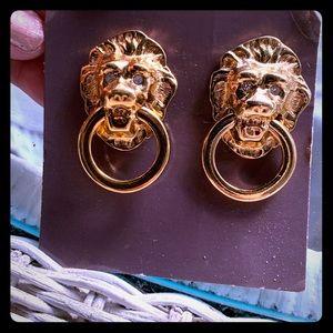 Jkl for Avon lion head knocker clip earrings